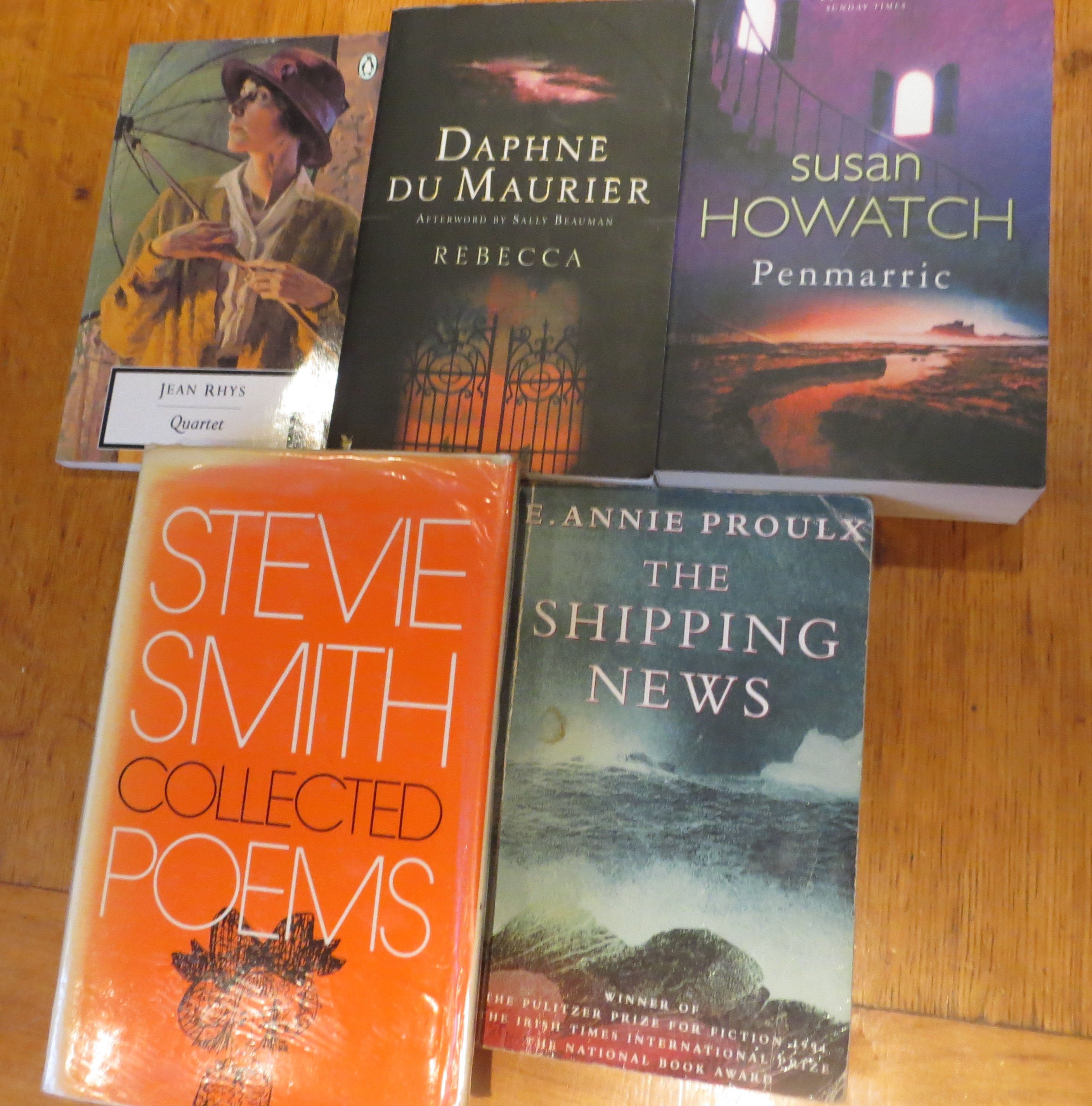 Books by Jean Rhys, Daphne du Maurier, Susan Howatch, Stevie Smith and E. Annie Proulx