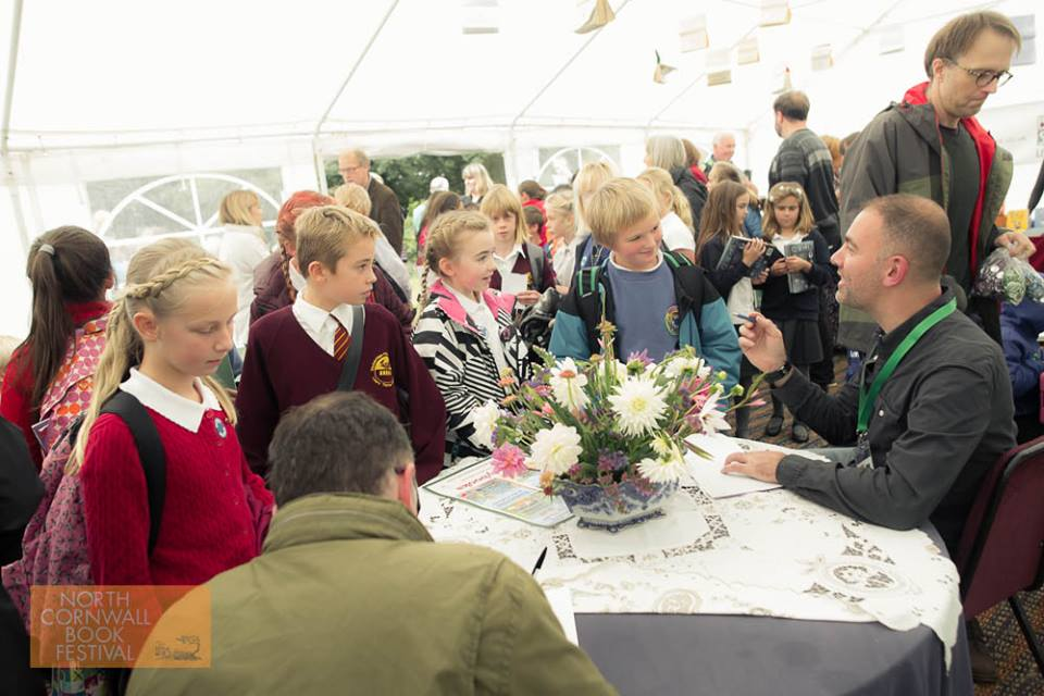 Moray Laing busy booksigning Photo: Dan Hall